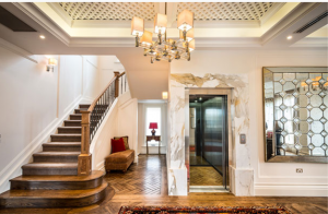 2-luxury-home-lift-adds-glamour-and-prestige-in-luxury-home